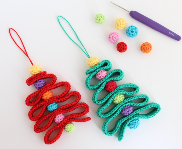 crochet tree ornaments