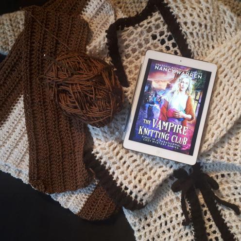 Vampire Knitting Club Cover