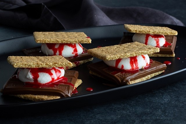 Bloody Halloween S'mores.jpg.adapt.full.high
